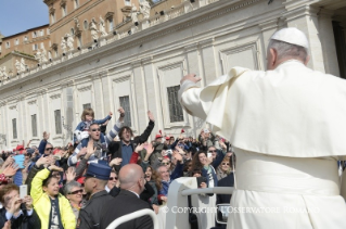 Pope Francis Jubilee Audience: Mercy and almsgiving