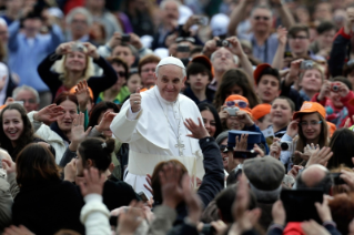 Pope Francis General Audience: Why have a Jubilee of Mercy